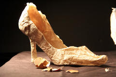 Jenna Jarosz - paper shoe1.jpg